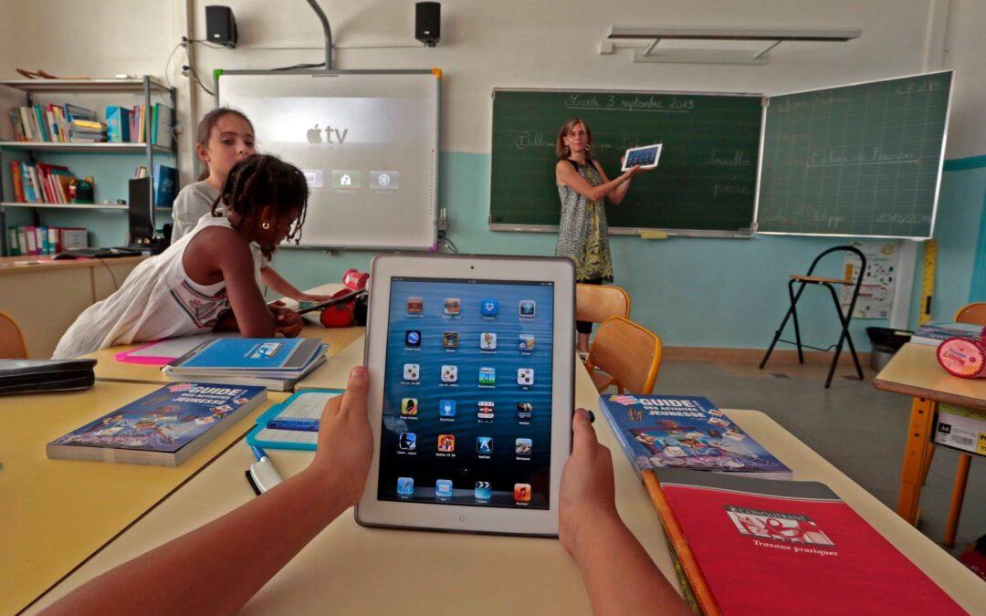 Soluția Școala Inteligentă prin Promelek XXI ACUM în portofoliul TNT iLight SRL